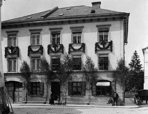 """Rizzoli"" , Schuhhaus"