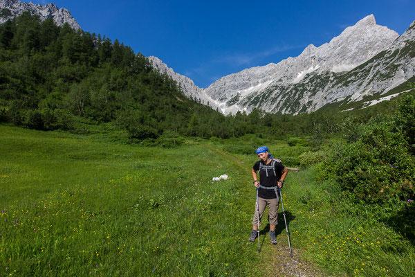Nun verlassen wir das Karwendel, 3 Stunden später erreichen wir Hall.