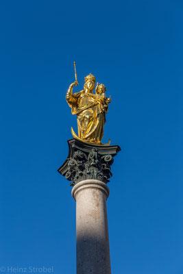 Die Mariensäule vor dem Rathaus