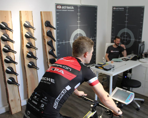 Bikefitting  im Trainingsinstitut iQ athletik