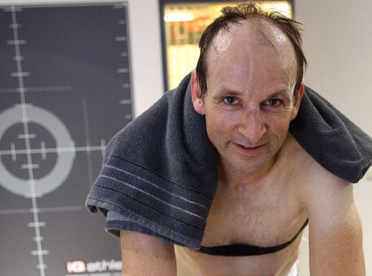 After Work: nach der Diagnostik hat sich Bernd eine Dusche verdient.