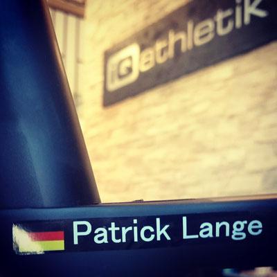 Als Ironman-Welmeister hat Patrick Lange 2017 die Siegesserie deutscher Triathleten auf Hawaii fortgesetzt