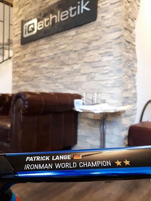 Der zweifache Ironman-Weltmeister Patrick Lange wird schon viele Jahre vom Trainingsinstitut iQ athletik leistungsdiagnostisch betreut