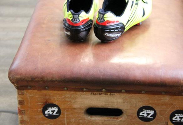 Auch das Optimieren der Radschuhe gehört zum Bikefitting: Mit einem 3D-Scan wird die optimale Position der Schuhplatten bestimmt
