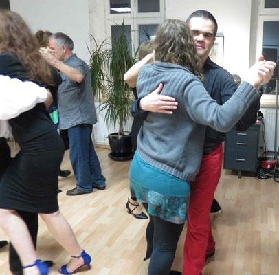 Die Praxis für Psychotherapie von Dipl.-Psych. Reimer Bierhals in Bamberg ist mit Tango eingeweiht worden - Ronda-Bild06