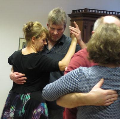 Die Praxis für Psychotherapie von Dipl.-Psych. Reimer Bierhals in Bamberg ist mit Tango eingeweiht worden - Ronda-Bild14
