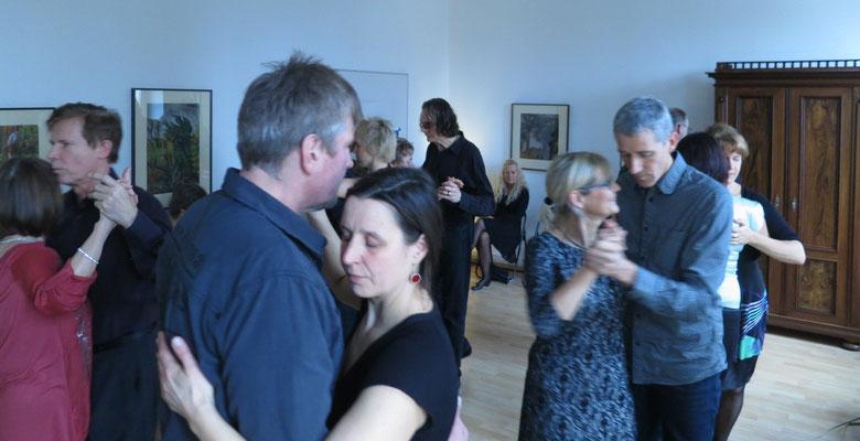 Die Praxis für Psychotherapie von Dipl.-Psych. Reimer Bierhals in Bamberg ist mit Tango eingeweiht worden - Ronda-Bild18