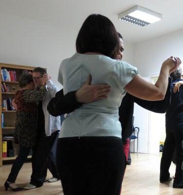 Die Praxis für Psychotherapie von Dipl.-Psych. Reimer Bierhals in Bamberg ist mit Tango eingeweiht worden - Ronda-Bild13