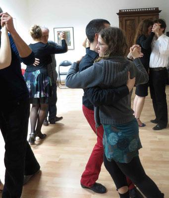 Die Praxis für Psychotherapie von Dipl.-Psych. Reimer Bierhals in Bamberg ist mit Tango eingeweiht worden - Ronda-Bild17