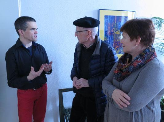 Praxisinhaber Reimer Bierhals verdeutlicht seine Idee von Psychotherapie