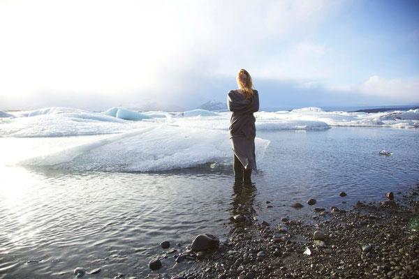 Die Suche 6, self portrait, Mar.2014, Iceland