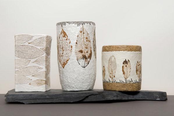 Teelichtbehälter mit skelettierten Blättern