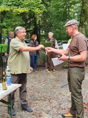 Philipp Gerber bekommt für seine VP das Wildschwein