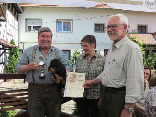 Tagessieger Jörg Stauffer mit Dea von der Ilkahöhe 100Pt. 1. Preis