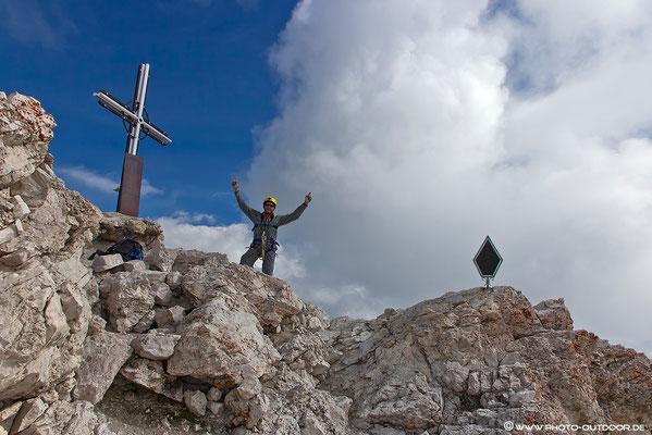 Muss sein: Gipfelphoto nach sechs langen Stunden Aufstieg!