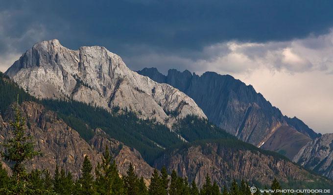 Gebirge im Peter Lougheed Provinvial Park.