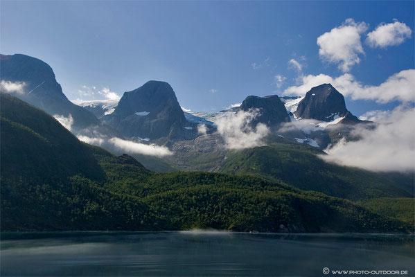 Nähe Svartissen-Gletscher