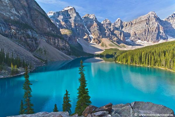 Der Moraine Lake ist wohl einer der schönsten Seen Kanadas.