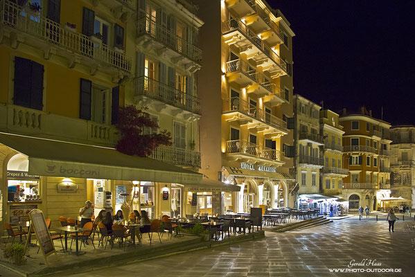 Nachtleben in Kerkyra