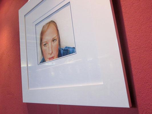 """""""Elisabeth"""" - 30 x 20 cm - Buntstift auf Papier - 2010"""