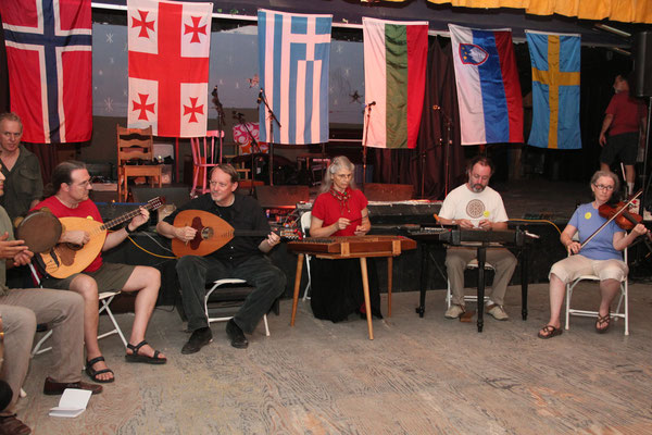 Len and Margaret played with Spyros' Greek ensemble class.