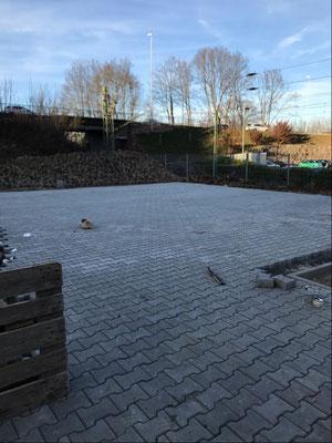 27.02.2019 - Der Parkplatz für Helfer und Tafelauto nimmt Gestalt an.