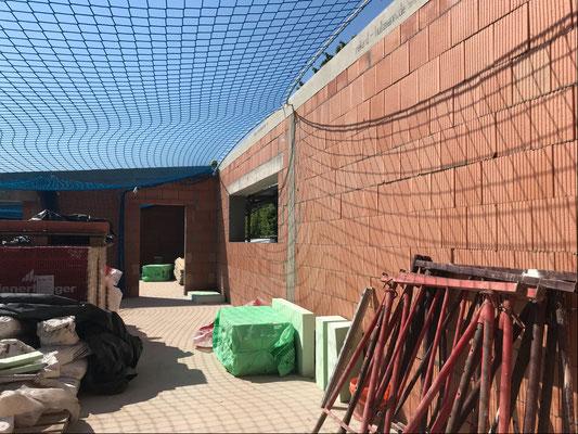 24.07.2018 - Der Sortierung fehlt noch das Dach.