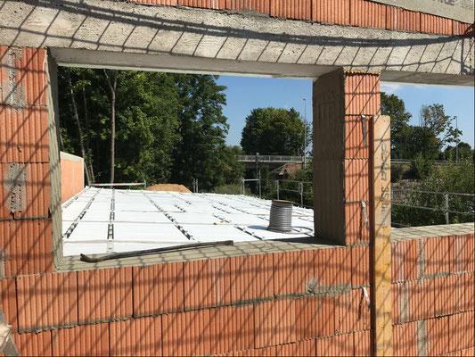 24.07.2018 - Blick vom Kleiderlager auf die Sortierung