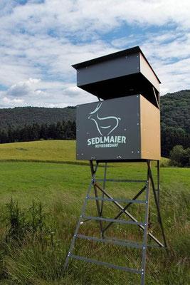 Sedlmaier Revierbedarf, Stationäre Ansitzkanzel, Jäger, Wild, Jagd, Wald