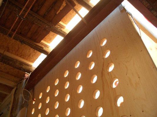 Treppenhaus neo_leo in der Altbaudecke