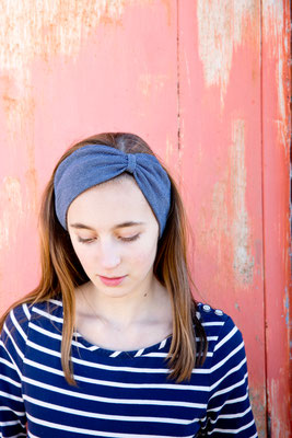 Stirnband blau von Silvia Bundschuh Hutdesign, Hamburg