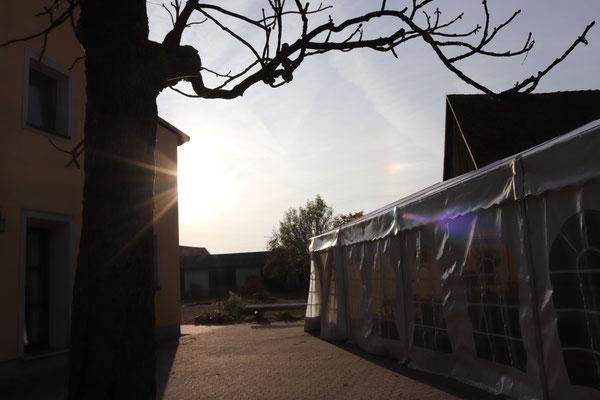 Unser Zelt in der Wörnitzer Ortsmitte