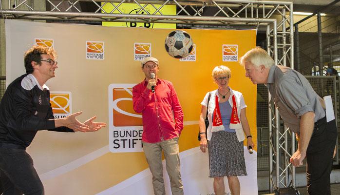 """Ein Ball - eine Welt  Dortmund, 05.06.2016, Interkulturelles Stadionfest """"Ein Ball - eine Welt!"""" im Signal Iduna Park.  """"Nachweis Bundesliga-Stiftung, Fotograf: Moritz Müller"""""""