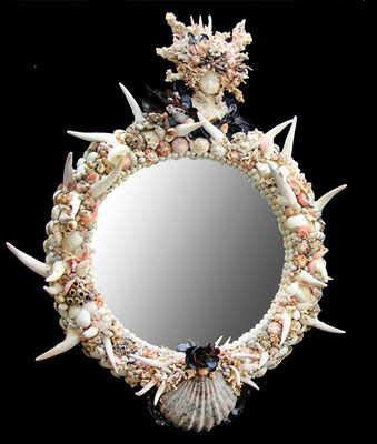 """Miroir """"Enfant Roi"""" ( H 43cm  X L 35 cm)  Nidpie Créations."""