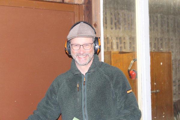 Joachim Lange vom Arbeitskreis Schießwesen hat das Schießtraining gut vorbereitet und souverän geleitet.