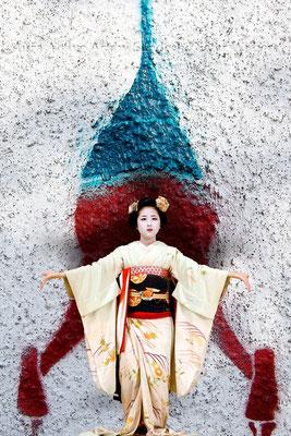 Geisha's Lift off - 2016  40x60 cm
