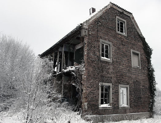 Ruine im Schnee / stand bei Gut Forstmannshof -  3 vu  105x80 cm