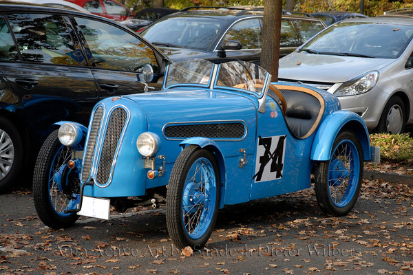 Nr. 74 - Historischer Rennwagen  60x40 cm