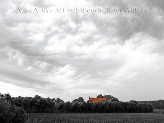 Dramatischer Himmel über Haus Byink  80x60 cm