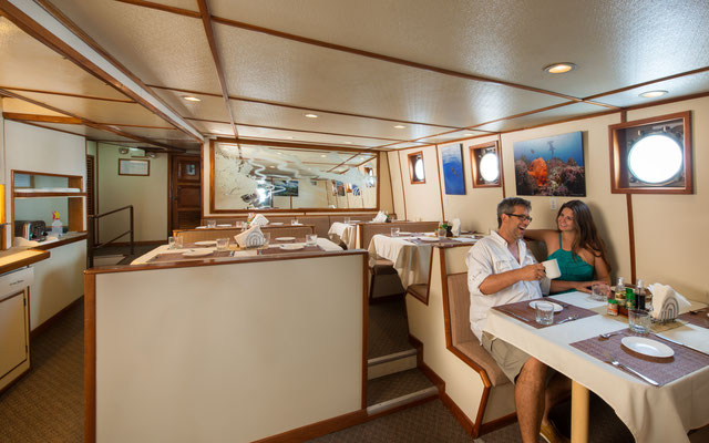 Dinner area of the ship Seahunter in Cocos Island, ©Unterseahunter Group