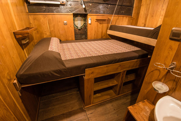Cabins of the ship Indonesia Liveaboard, ©Pindito