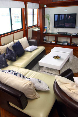 Galapagos Shark Diving - Lounge are of the Boat dive trip Galapagos Islands