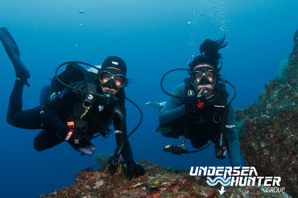 Divers in Cocos Island, ©Underseahunter Group