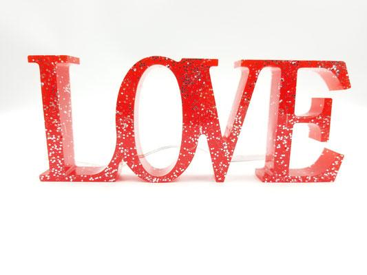 Love en résine éclairé rouge avec brillants 28$