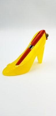 Soulier talon jaune en résine pour mettre bagues, crayons ou autres 20$