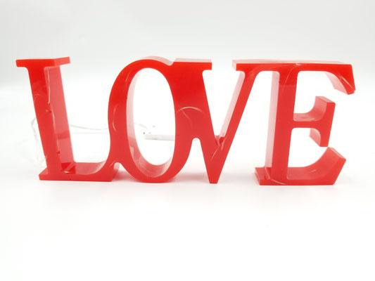 Love en résine éclairé rouge 28$