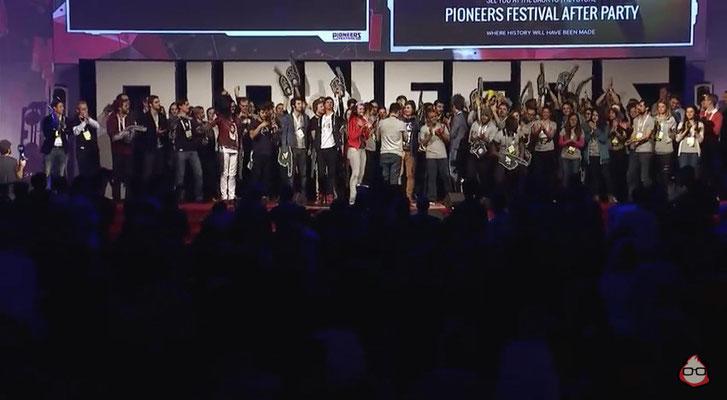Pioneers Festival 2014 - das Pioneers Team auf der Bühne
