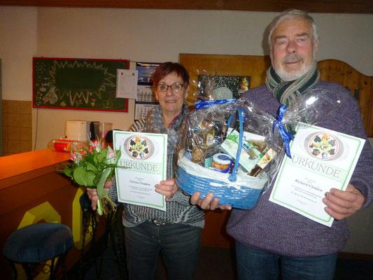 Christa und Richard wurden für 20-jährige Mitgliedschaft geehrt.
