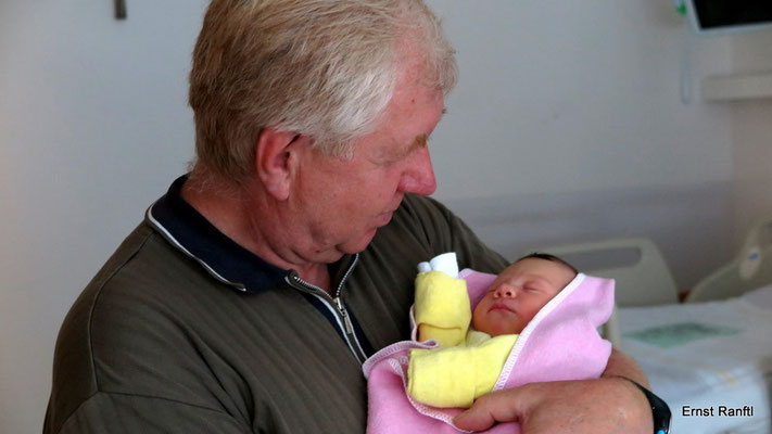 ich selbst mit Enkelin