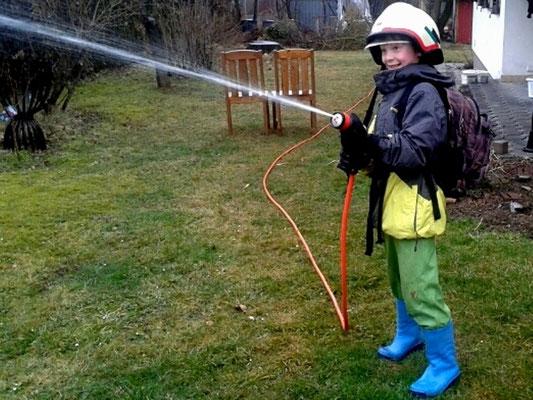Ich möchte auch einmal Feuerwehrmann werden.